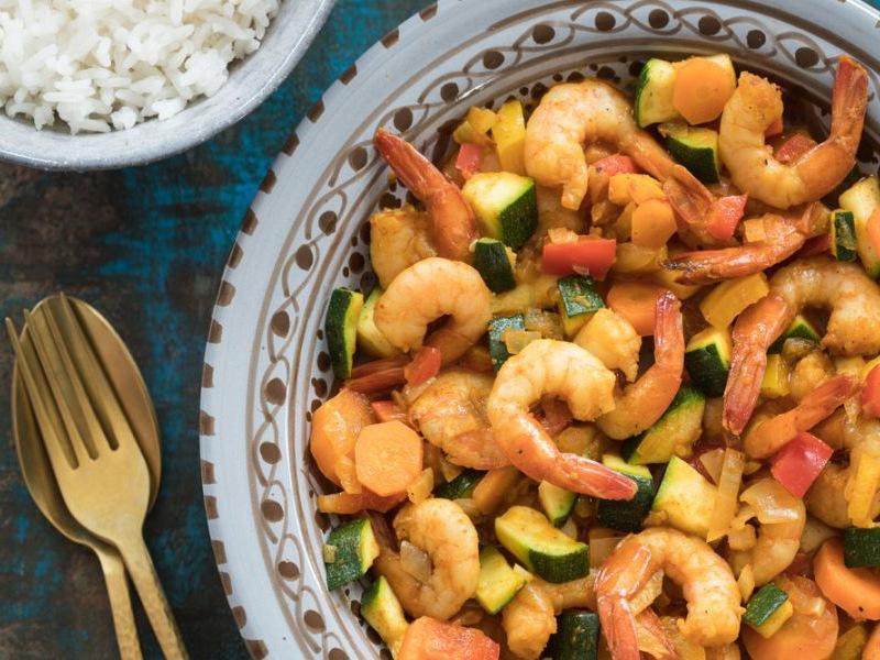 Recept-Eenpansgerecht-met-garnalen-courgette-en-bospeen-3x4-klein